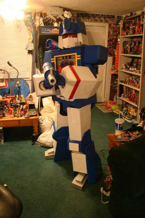 Soundwave Costume 1