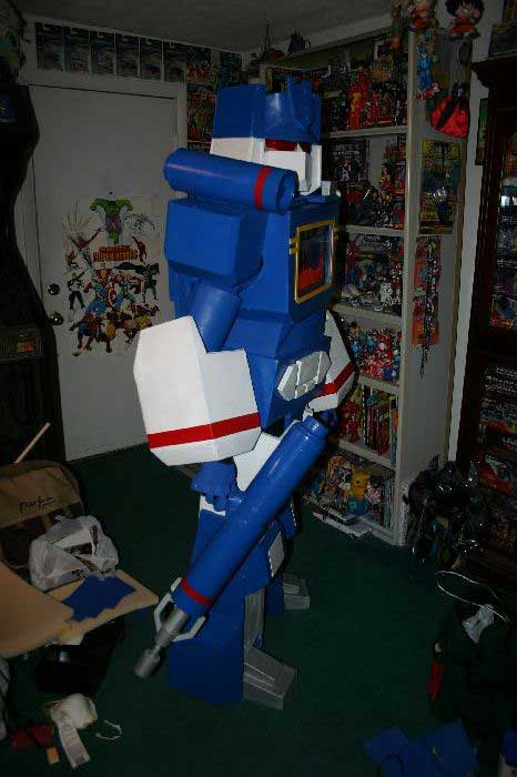 Soundwave Costume 12