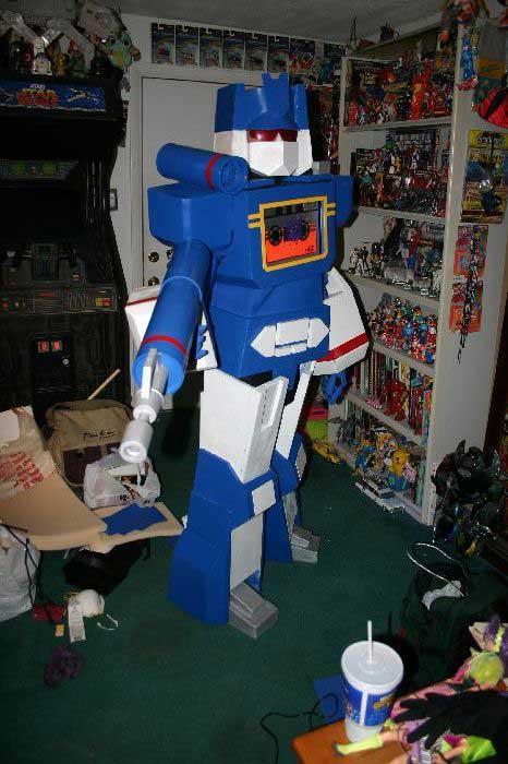 Soundwave Costume 13