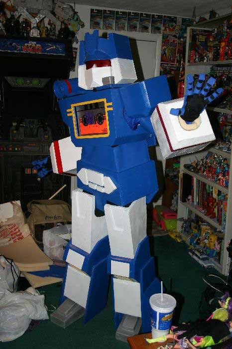 Soundwave Costume 9