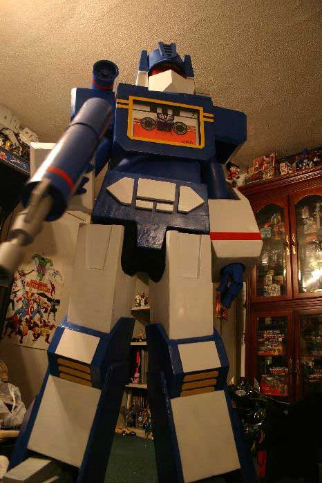 Soundwave Costume 7