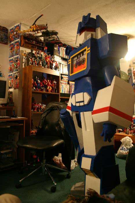 Soundwave Costume 8