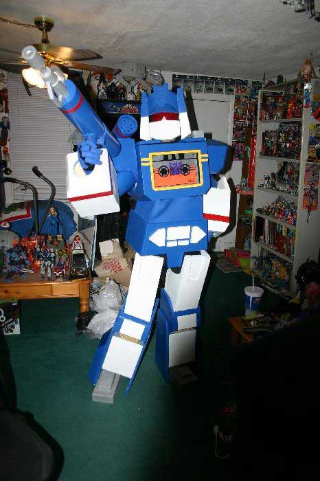 Soundwave Costume 10