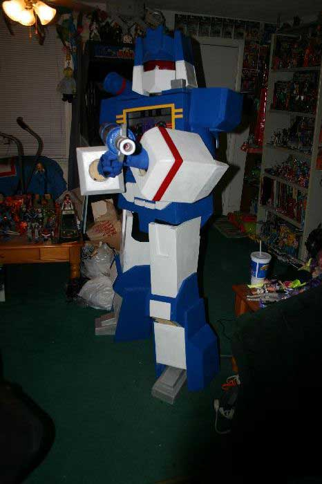 Soundwave Costume 11