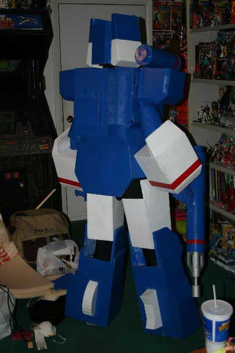 Soundwave Costume 15
